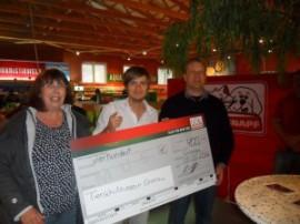 Spendenübergabe des Fressnapf Gronau an den Tierschutzverein Gronau